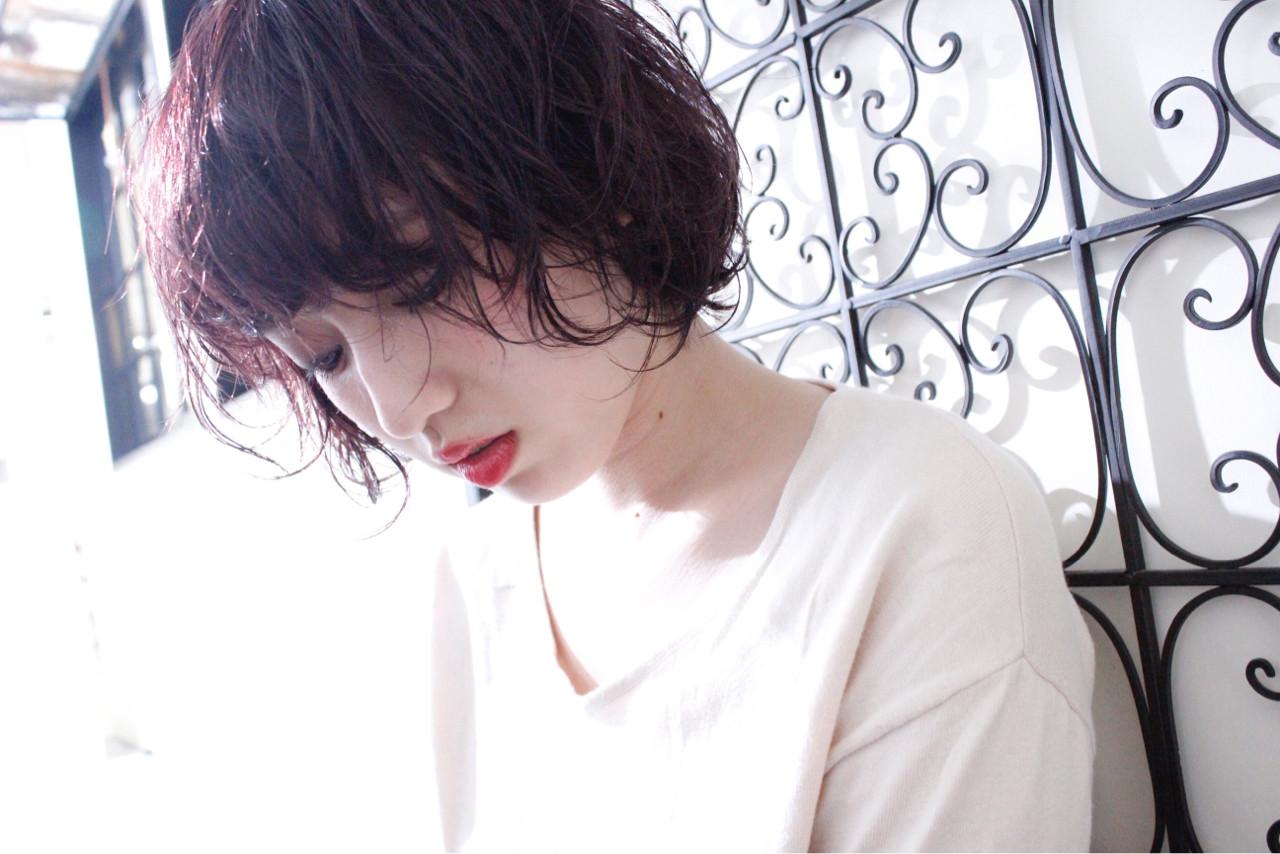 色気 ボブ パーマ 外国人風ヘアスタイルや髪型の写真・画像