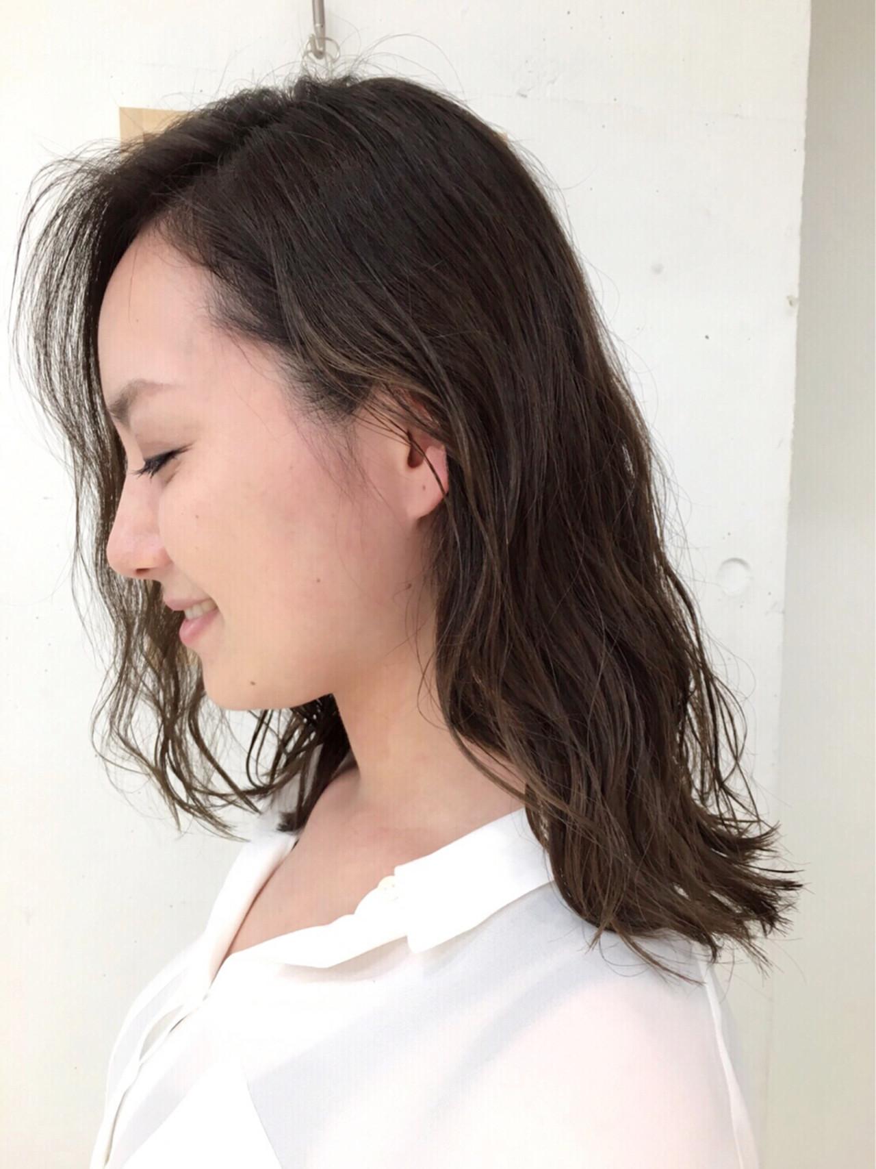 外国人風 ウェーブ ストリート ハイライト ヘアスタイルや髪型の写真・画像 | イシガキ ダイスケ / C-LOVe 中目黒