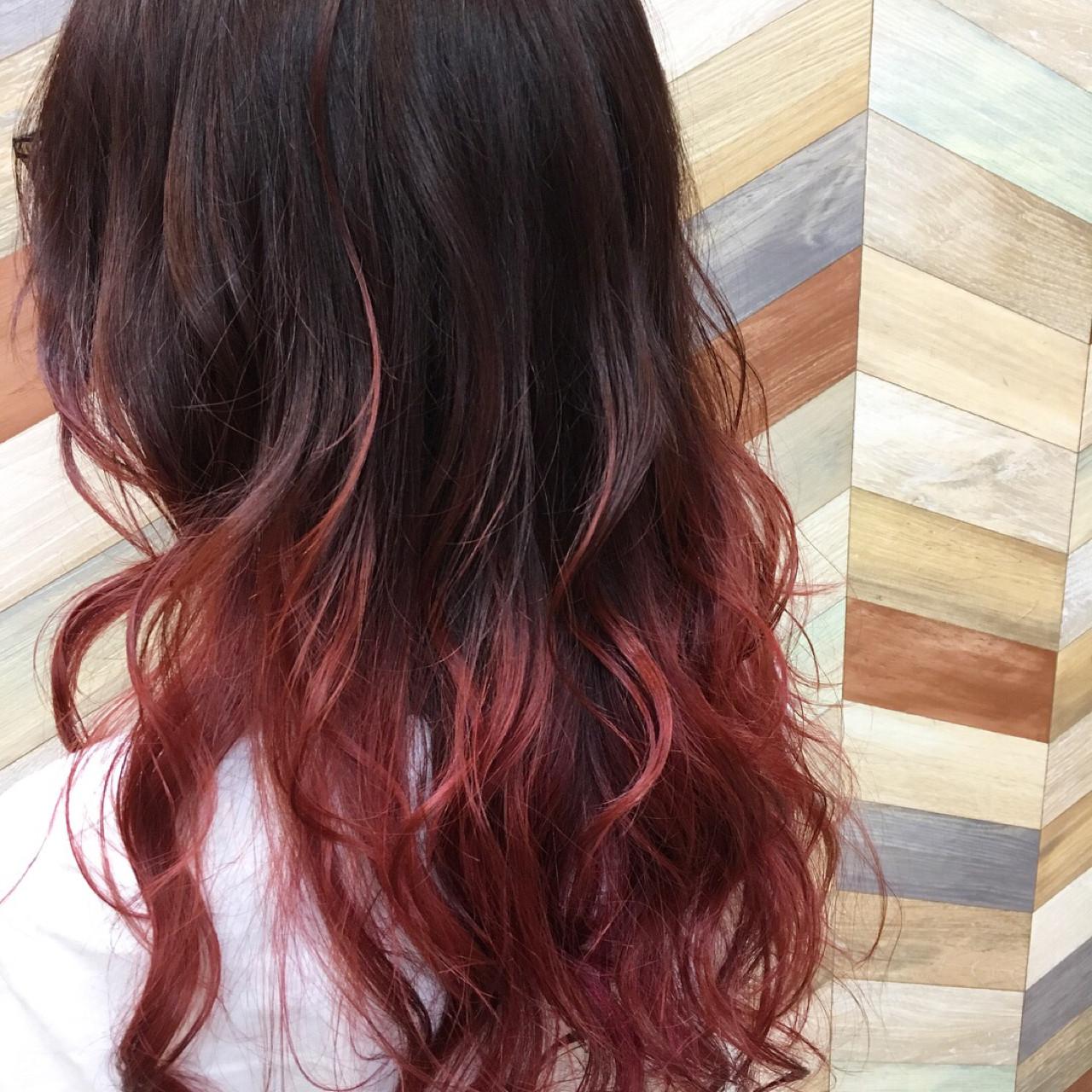 ストリート ロング ゆるふわ グラデーションカラーヘアスタイルや髪型の写真・画像