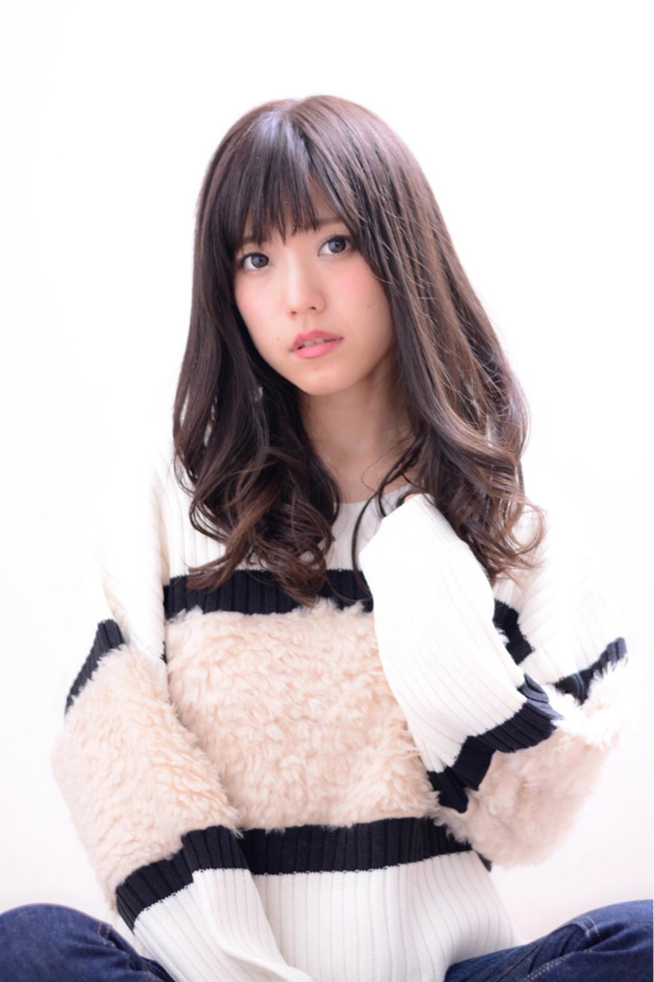 秋 アッシュ フェミニン 外国人風カラー ヘアスタイルや髪型の写真・画像 | Marika Yoshioka /