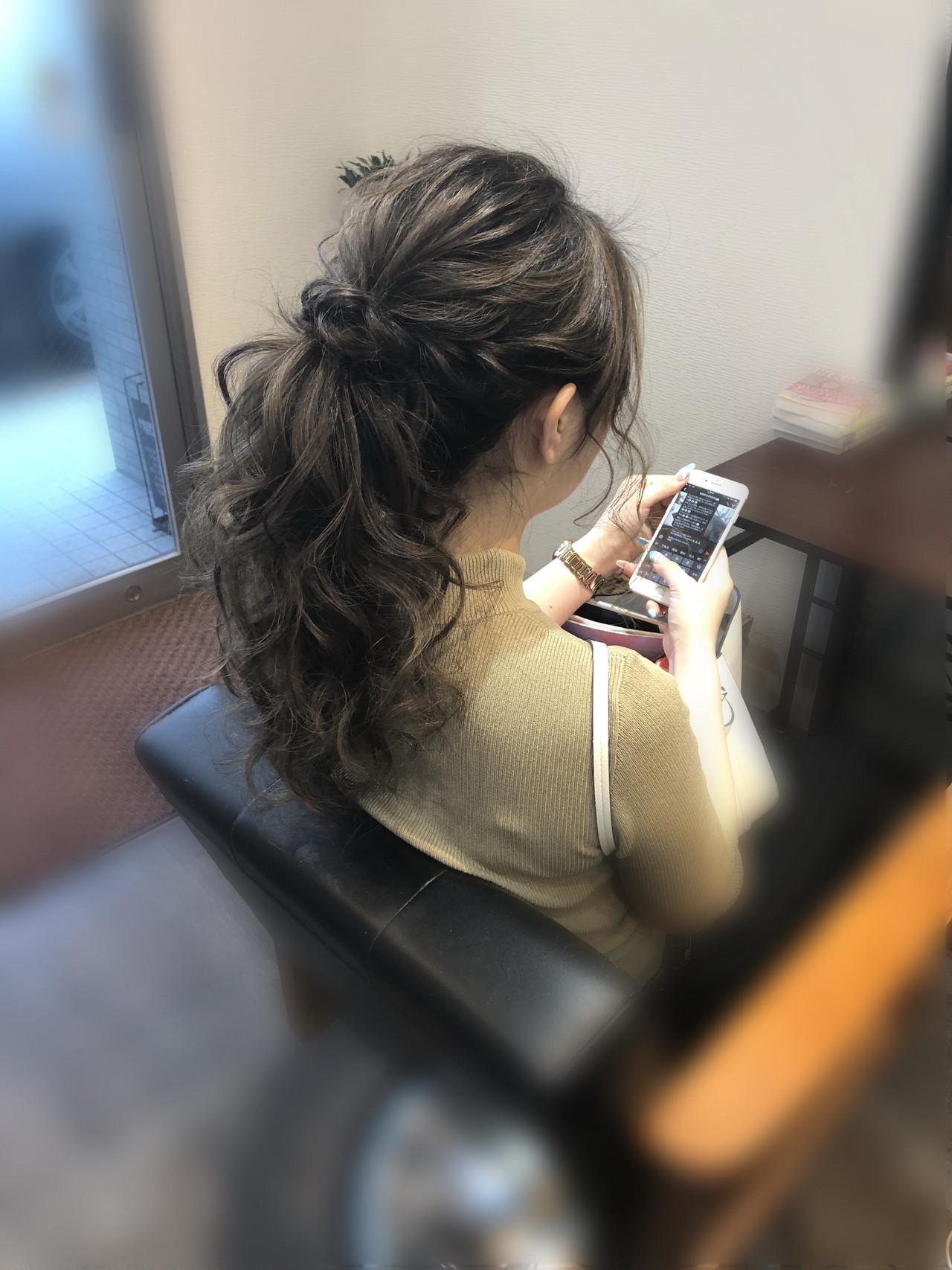 結婚式 フェミニン ヘアセット ねじり ヘアスタイルや髪型の写真・画像 | mai / HAIR SALON STELLA
