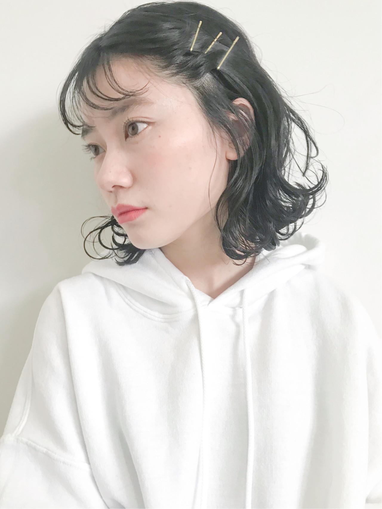 アンニュイほつれヘア ナチュラル ボブ 簡単ヘアアレンジ ヘアスタイルや髪型の写真・画像 | NARUMI / SOCO