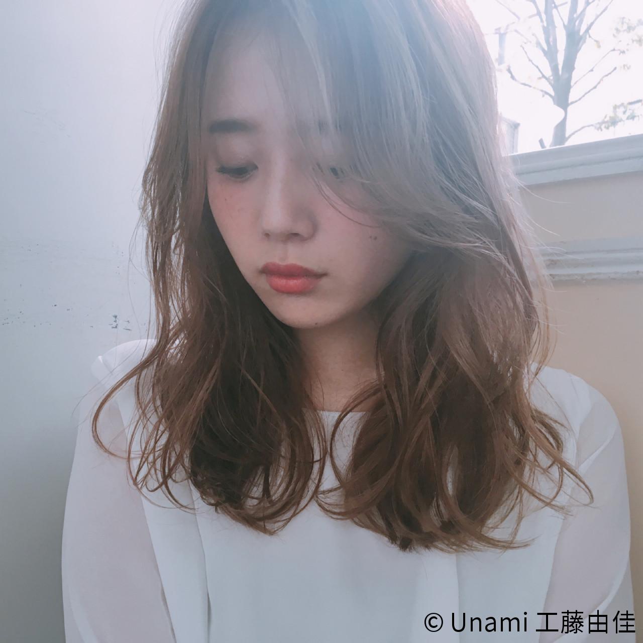 ゆるふわ 斜め前髪 パーマ 色気 ヘアスタイルや髪型の写真・画像 | Unami 工藤由佳 / Unami omotesando