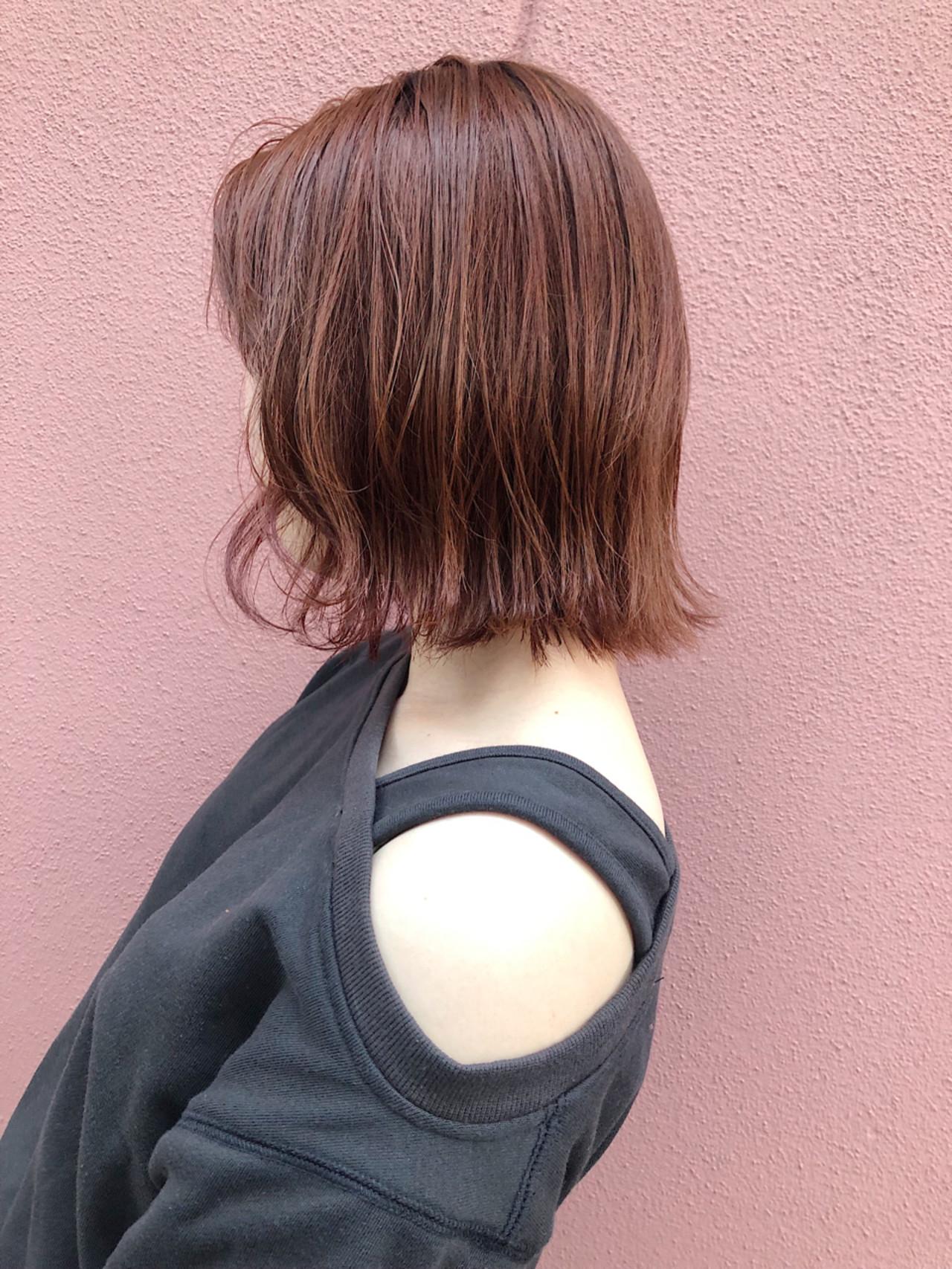 アンニュイほつれヘア ボブ 外ハネボブ オレンジベージュ ヘアスタイルや髪型の写真・画像   サカイアカネ / EMANON freelance