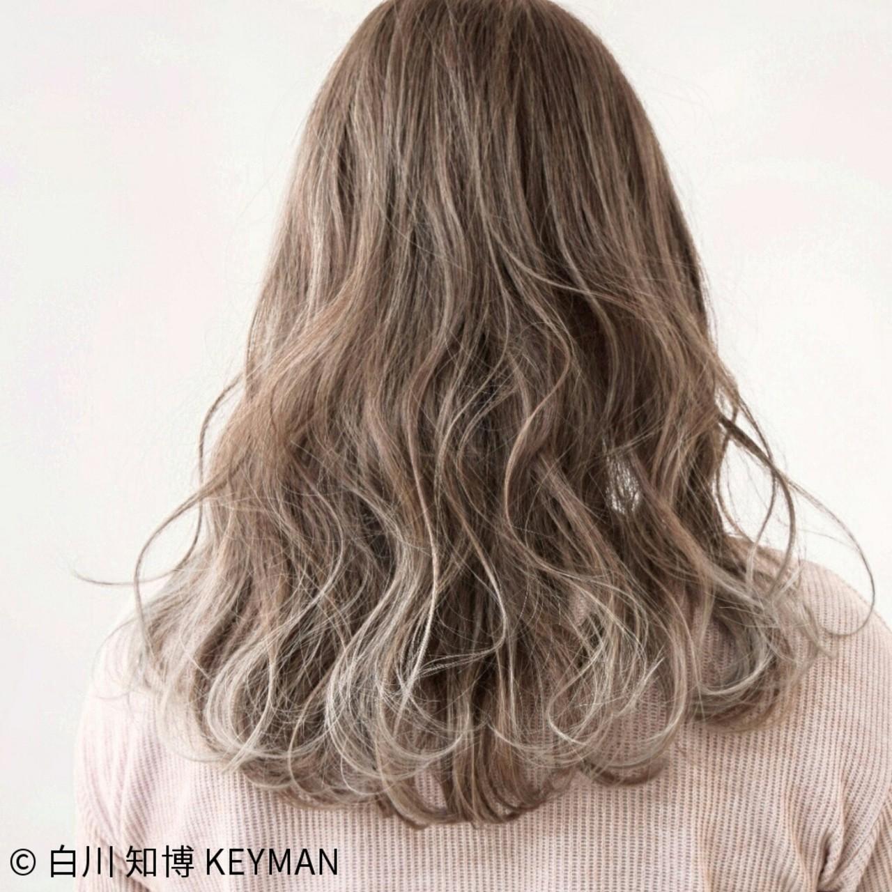 ミルクティー 外国人風 セミロング ニュアンス ヘアスタイルや髪型の写真・画像 | 白川 知博 / KEYMAN