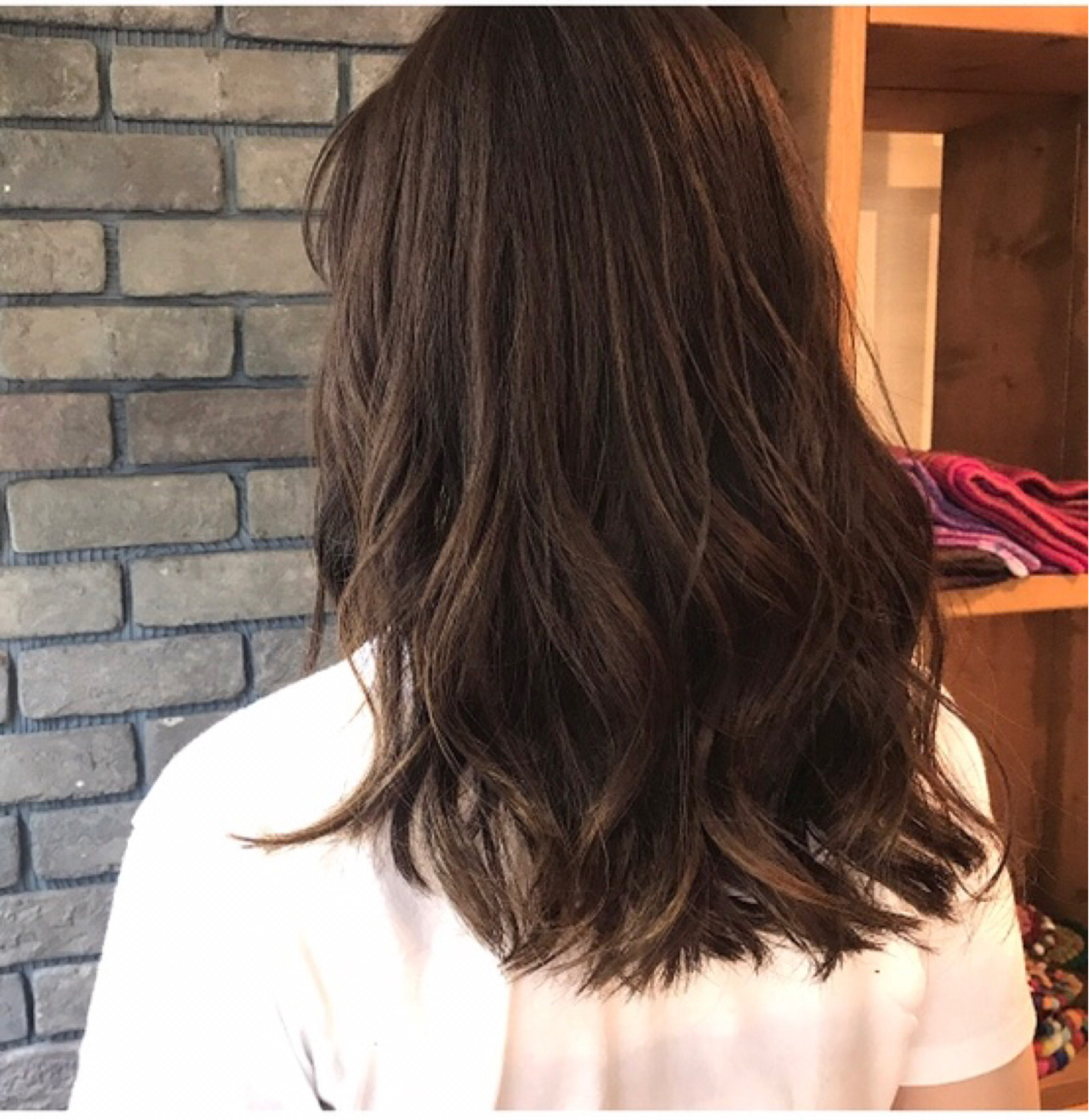 ミディアム 抜け感 謝恩会 デート ヘアスタイルや髪型の写真・画像 | 谷川 健太 / ROVERSI