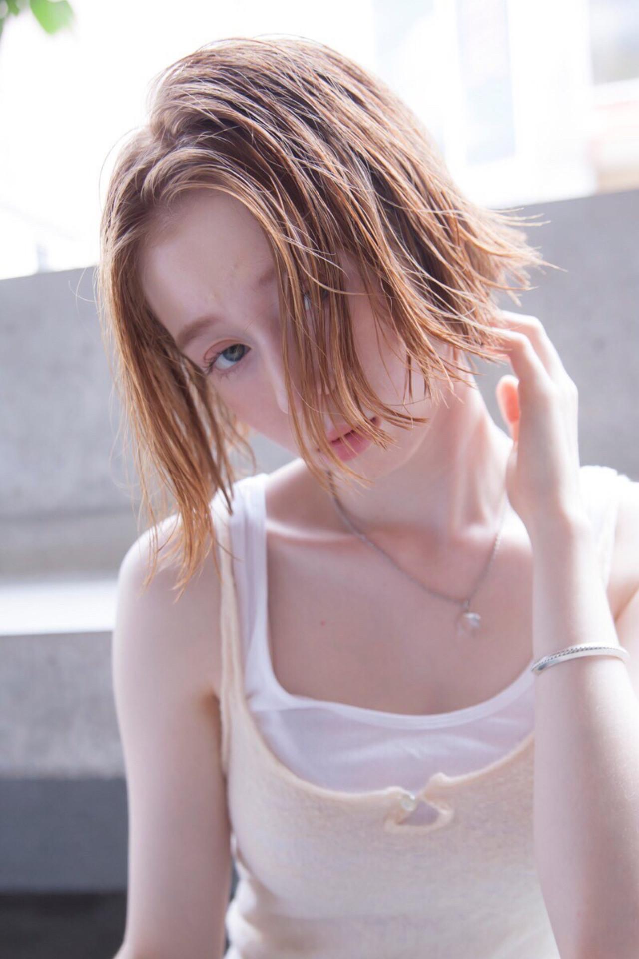 切りっぱなしボブ アプリコットオレンジ ナチュラル ヘアアレンジ ヘアスタイルや髪型の写真・画像 | 可愛いにはコツがある!ナチュラルizumi / Siena