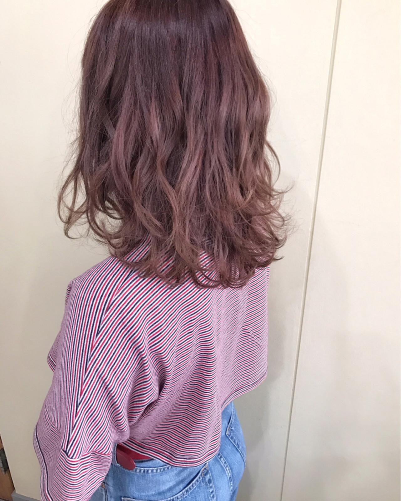 ミディアム ベリーピンク レッド ピンク ヘアスタイルや髪型の写真・画像 | サワ / Seamu