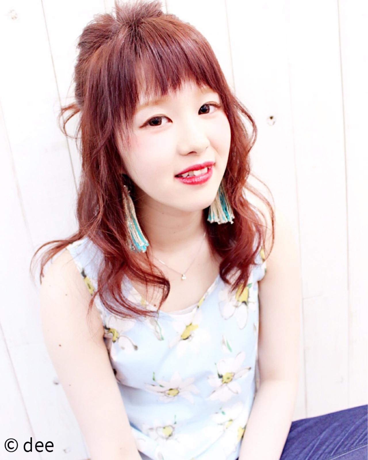 メッシーバン 外国人風 ナチュラル ピンク ヘアスタイルや髪型の写真・画像 | dee / dee
