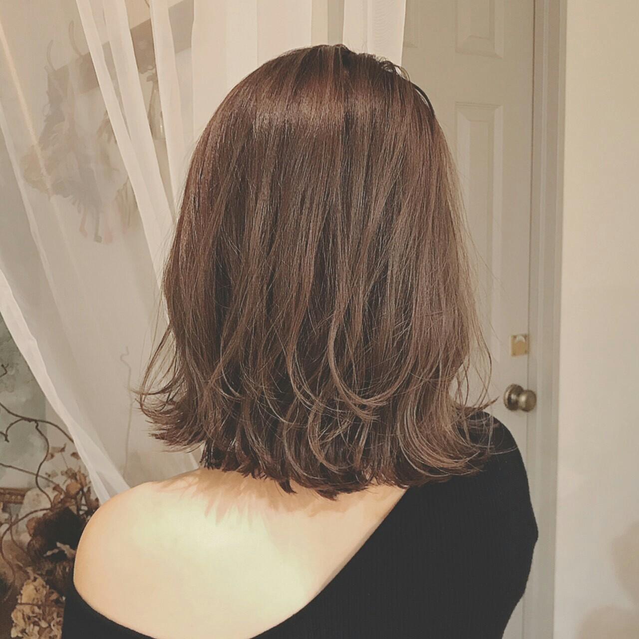 パーマ ミディアム 上品 秋ヘアスタイルや髪型の写真・画像