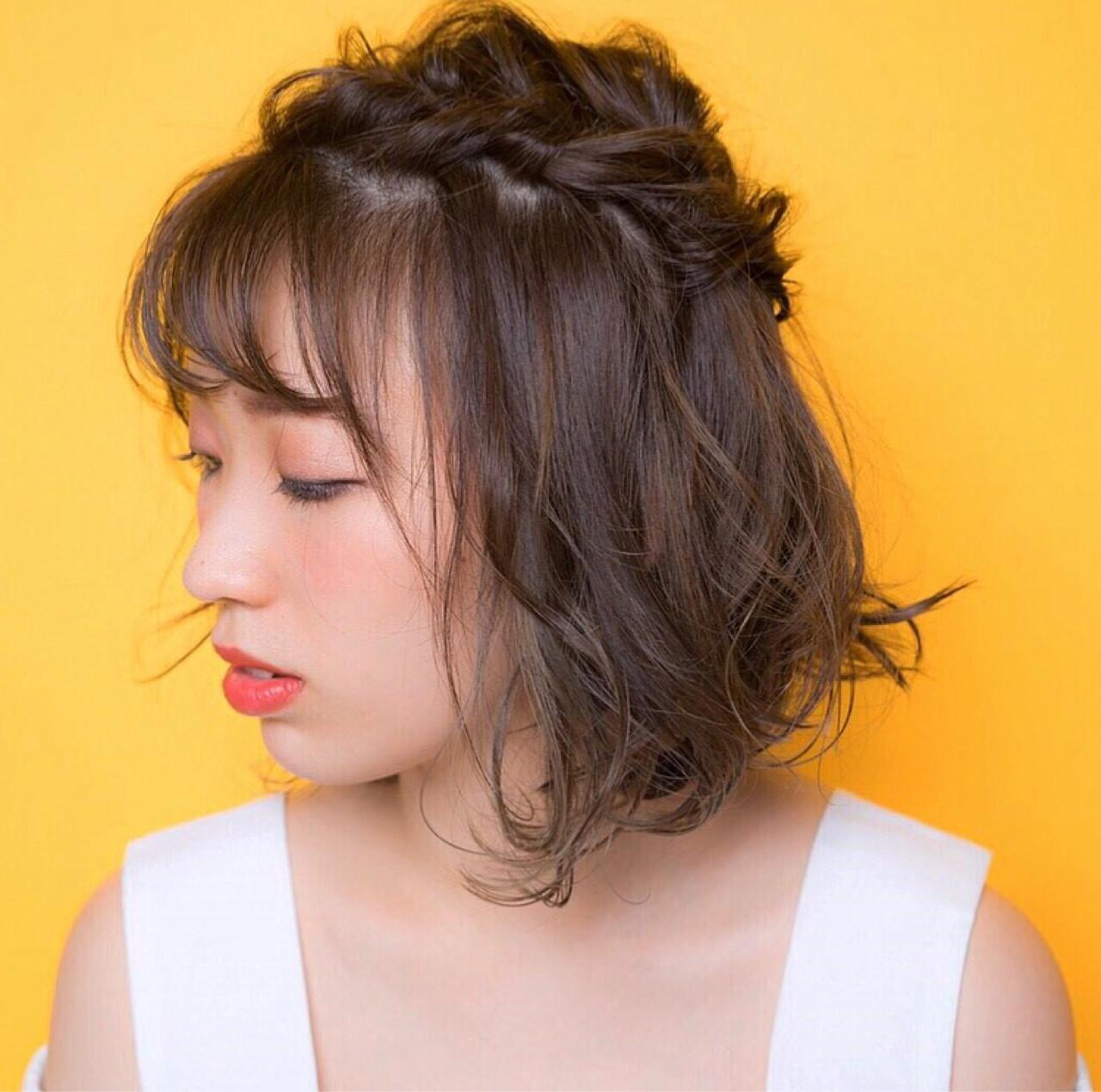 ヘアアレンジ グレージュ ハイライト ガーリー ヘアスタイルや髪型の写真・画像   宮本英里香 /