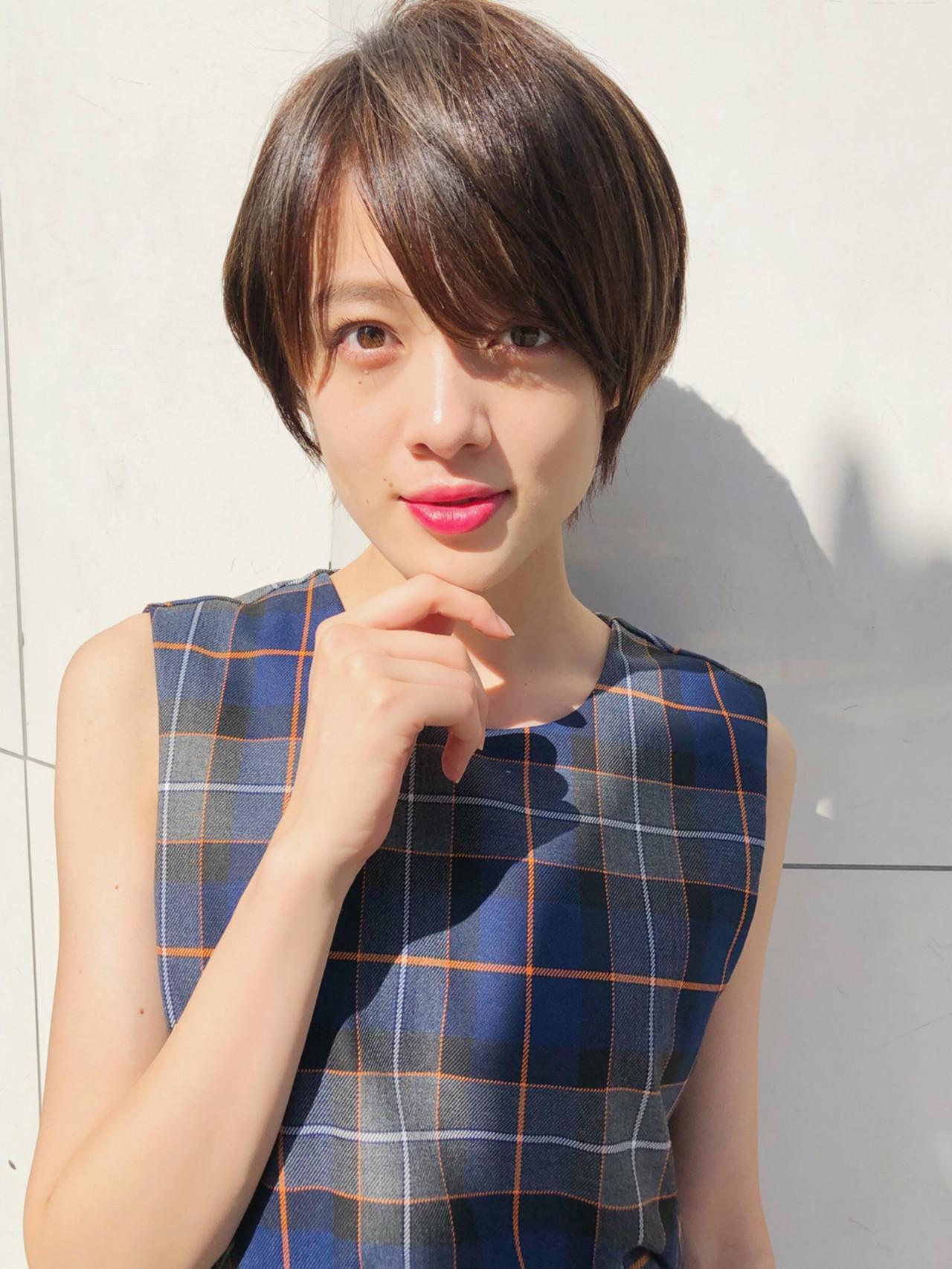 簡単ヘアアレンジ エフォートレス オフィス ショート ヘアスタイルや髪型の写真・画像 | ナガヤ アキラ joemi 新宿 / joemi by Un ami