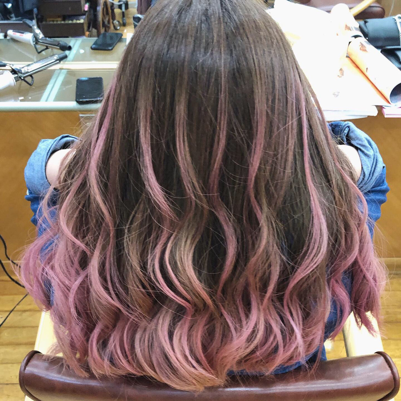 バレイヤージュ セミロング グラデーションカラー ハイライト ヘアスタイルや髪型の写真・画像 | 蝦名貴之 / KINTARO