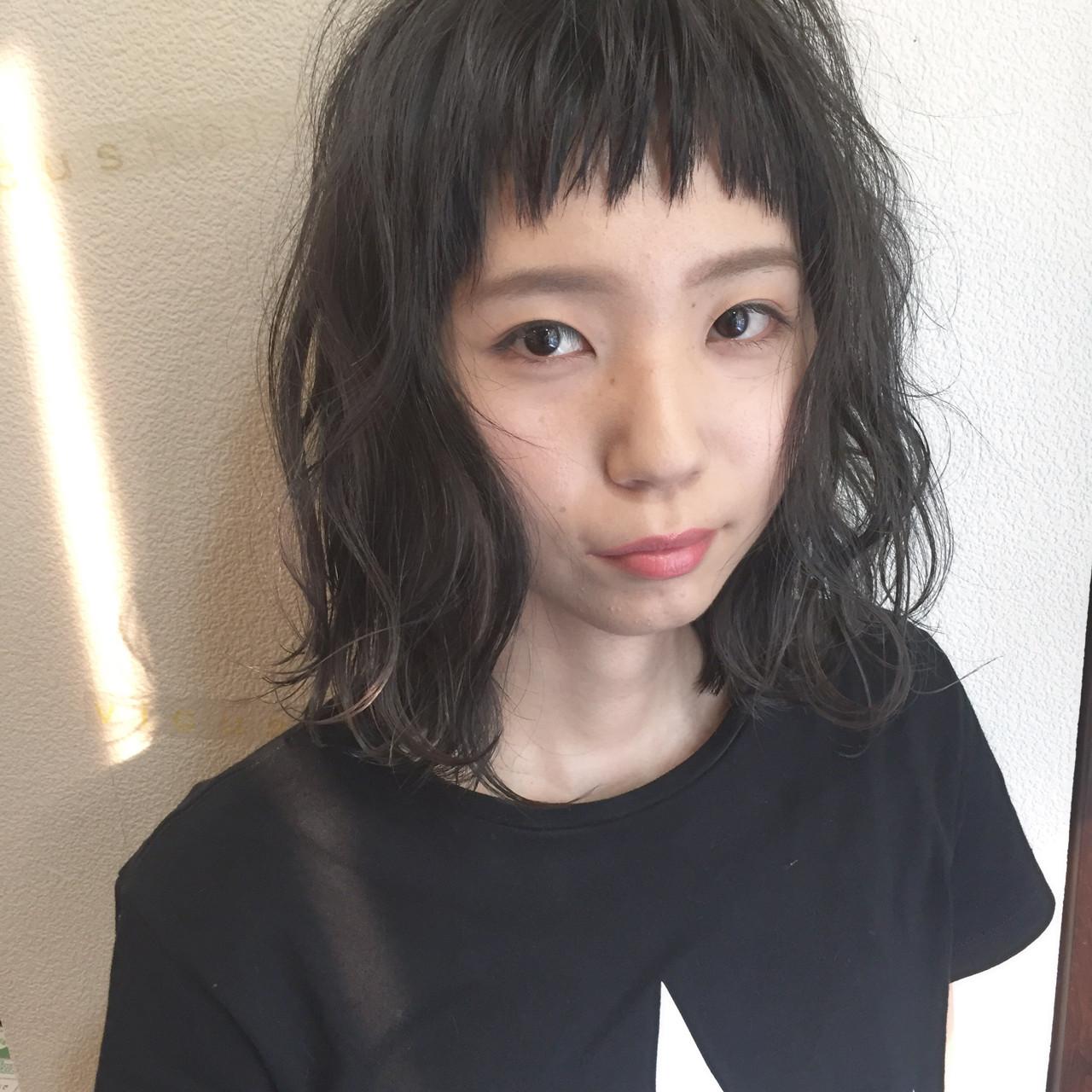 ガーリー ハイライト 外国人風 黒髪 ヘアスタイルや髪型の写真・画像 | 田渕 英和/vicushair / vicushair