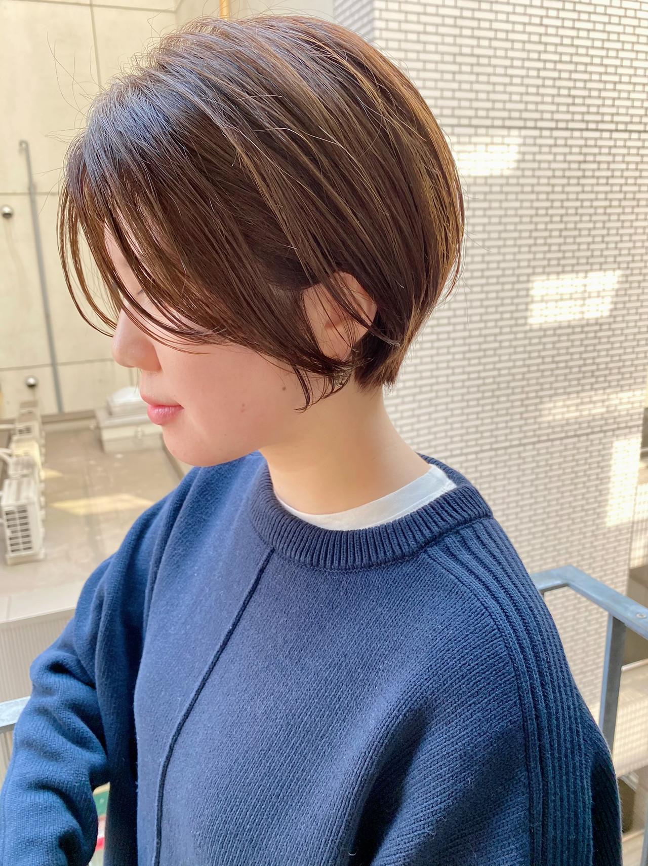 デート ショート ショートヘア ナチュラル ヘアスタイルや髪型の写真・画像 | 大人可愛い【ショート・ボブが得意】つばさ / VIE