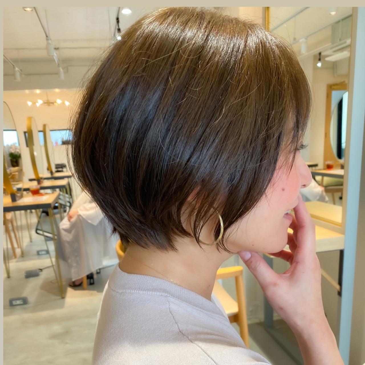 ショートボブ ナチュラル ショート ベリーショートヘアスタイルや髪型の写真・画像