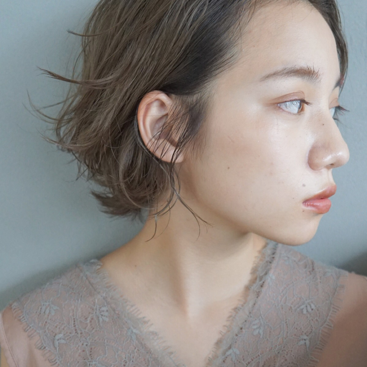 ウェーブ ナチュラル リラックス アンニュイ ヘアスタイルや髪型の写真・画像   UEKI/nanuk / nanuk二子玉川