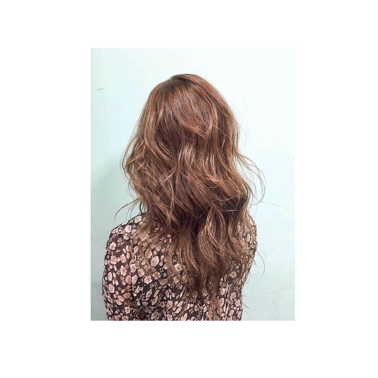 大人かわいい グラデーションカラー 外国人風 巻き髪 ヘアスタイルや髪型の写真・画像   teddy / grauge hair
