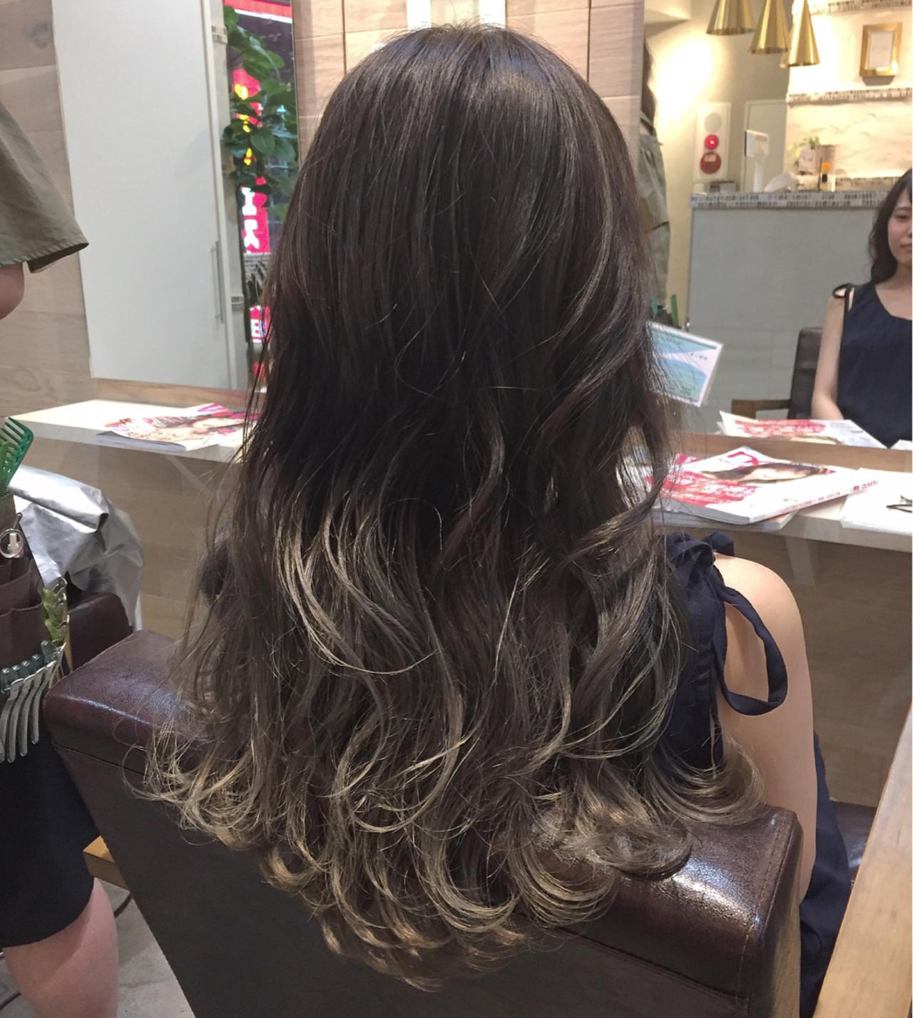 ハイライト 外国人風 ストリート アッシュヘアスタイルや髪型の写真・画像