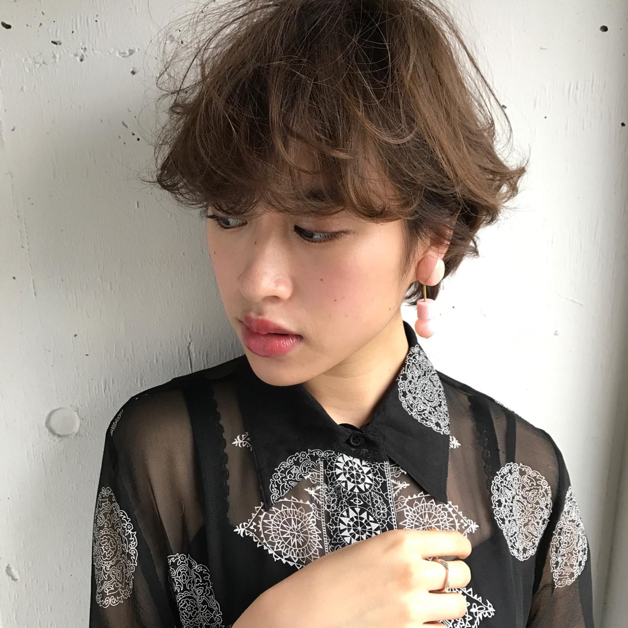 フェミニン ウルフカット デート 色気 ヘアスタイルや髪型の写真・画像 | 小西敬二郎 / Heartim