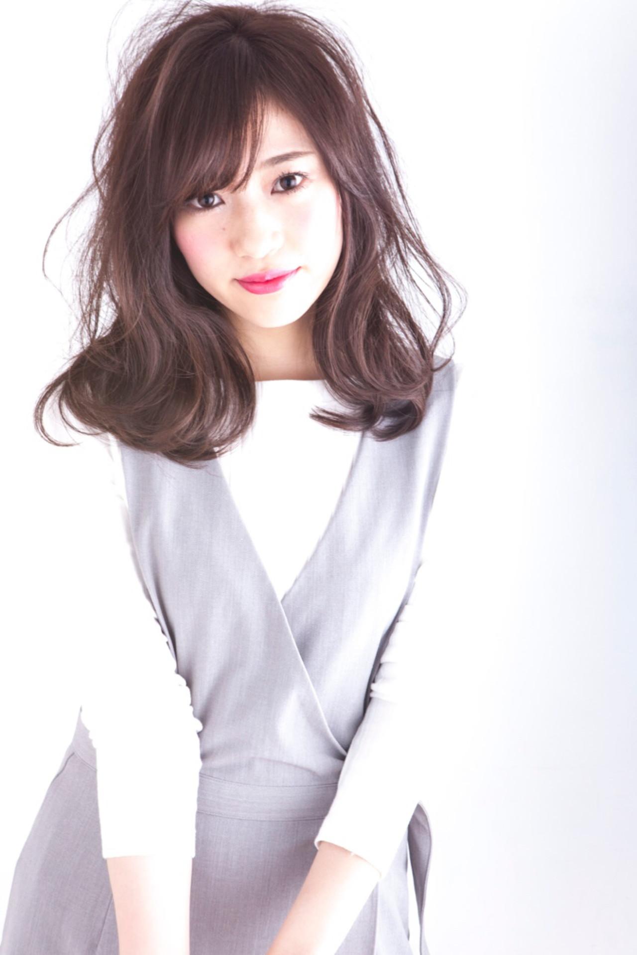 ニュアンス ミルクティー 小顔 大人女子 ヘアスタイルや髪型の写真・画像   長井 浩気 / ilio-hair atelier-