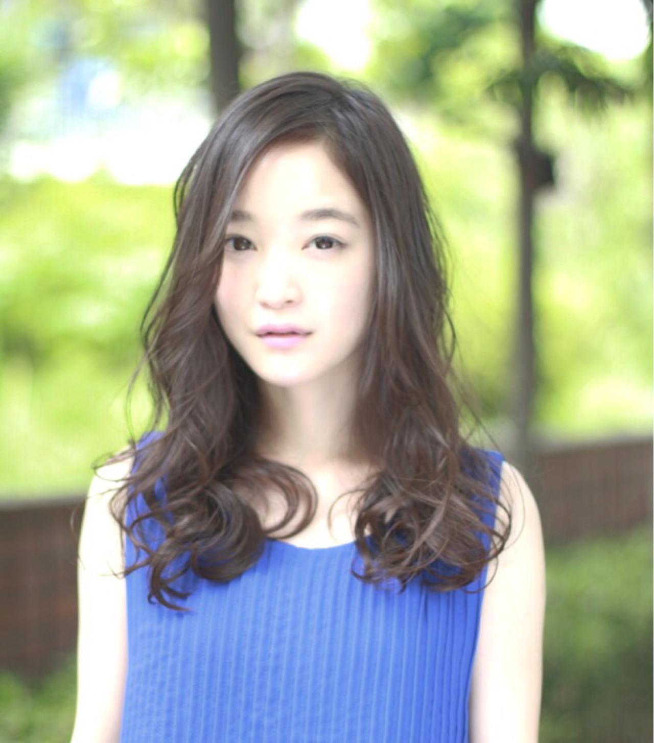 ナチュラル ゆるふわ ピュア ロング ヘアスタイルや髪型の写真・画像   菅 孝太郎 / andrey
