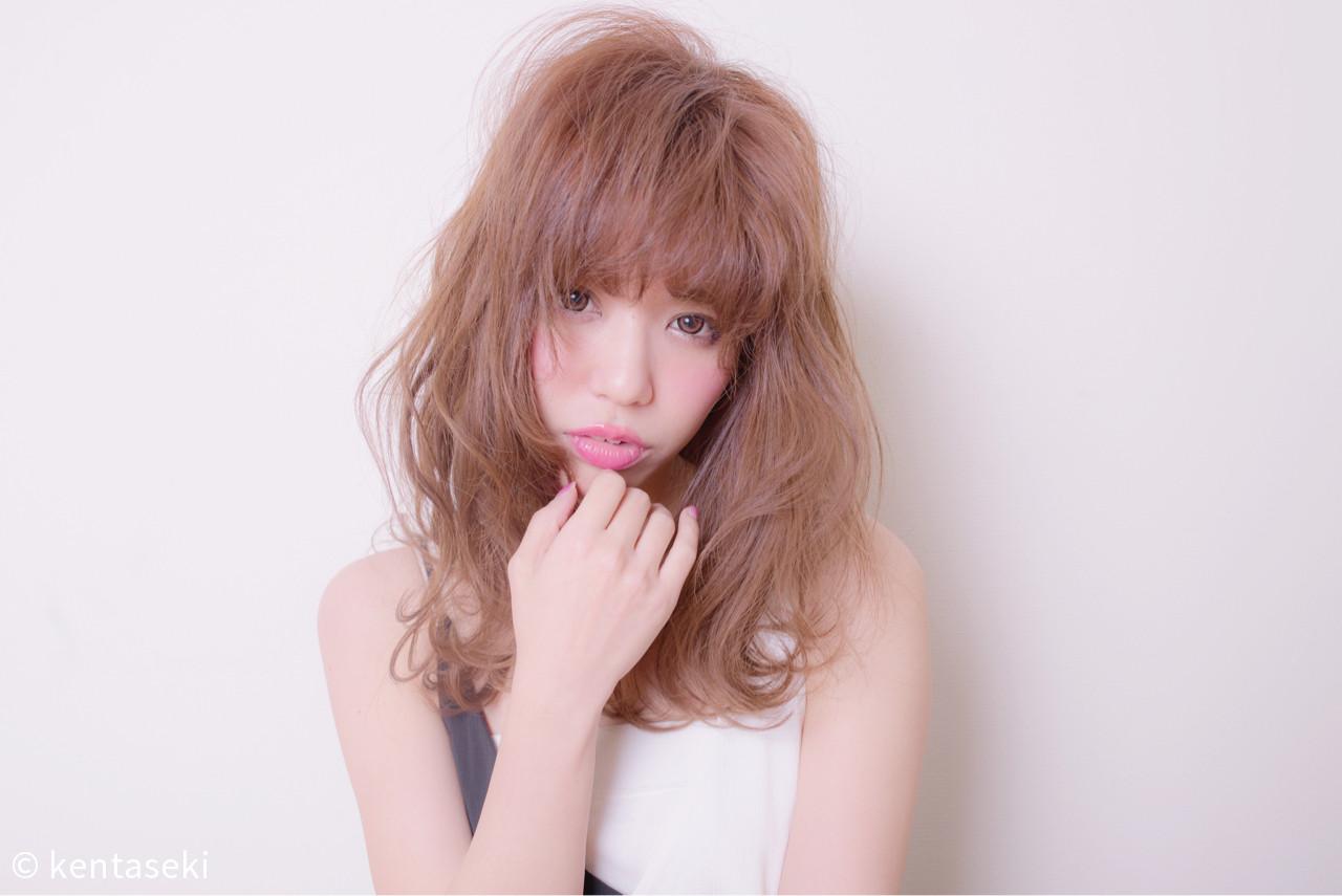 フリンジバング 大人女子 こなれ感 フェミニンヘアスタイルや髪型の写真・画像