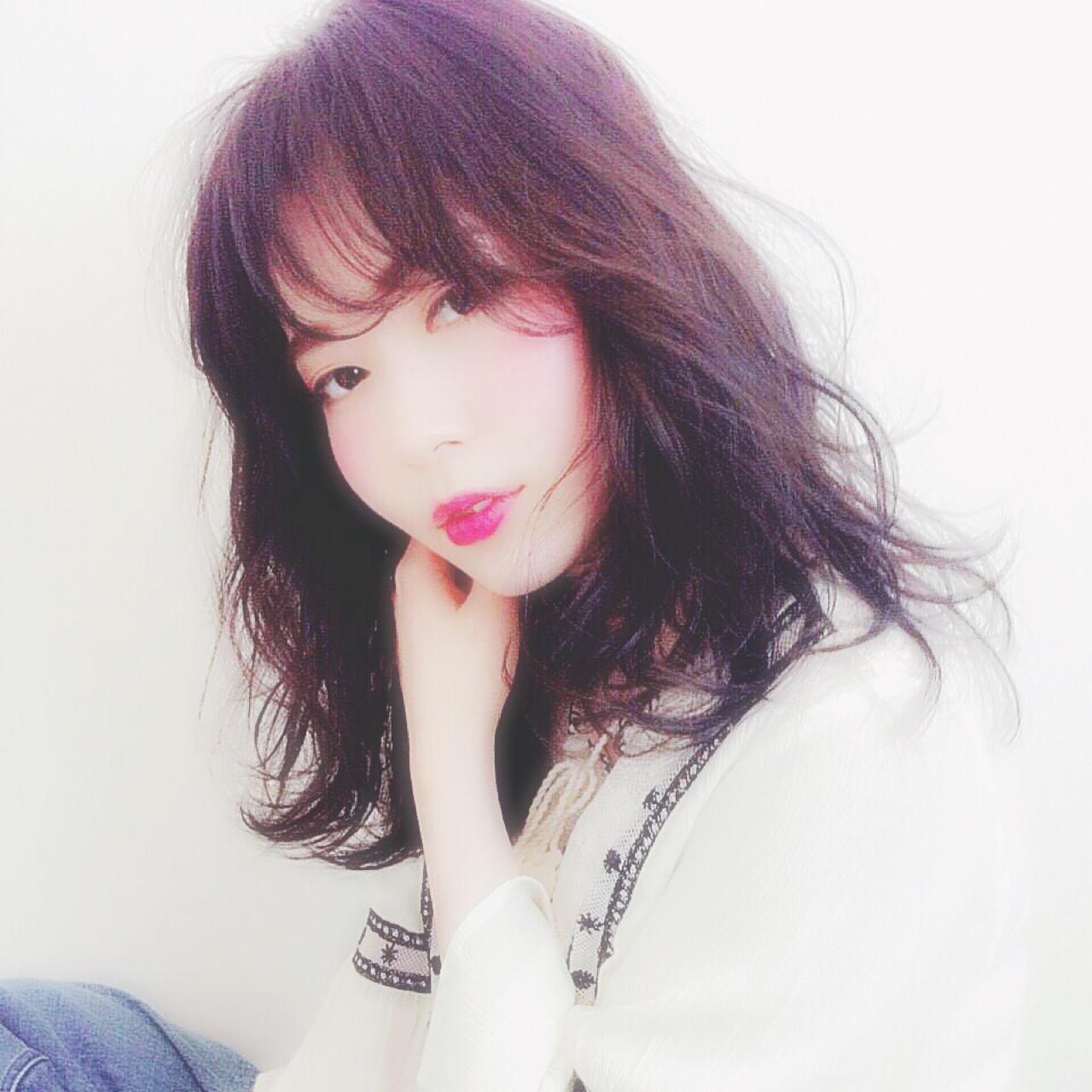 暗髪 セミロング 大人女子 ゆるふわ ヘアスタイルや髪型の写真・画像 | 高橋 アリサ /