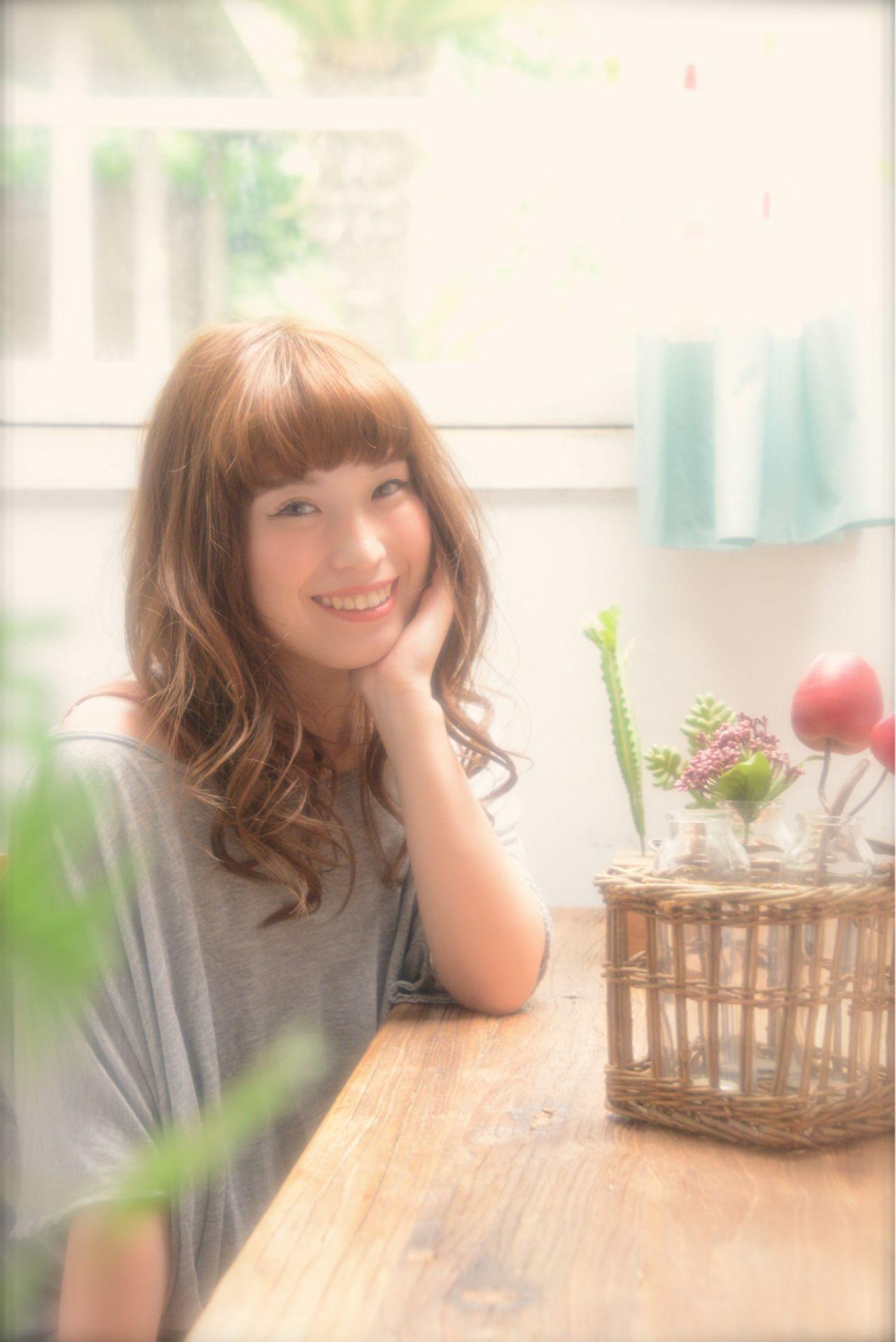 大人かわいい モテ髪 フェミニン 卵型 ヘアスタイルや髪型の写真・画像 | 森 康治 / kiito / kiito