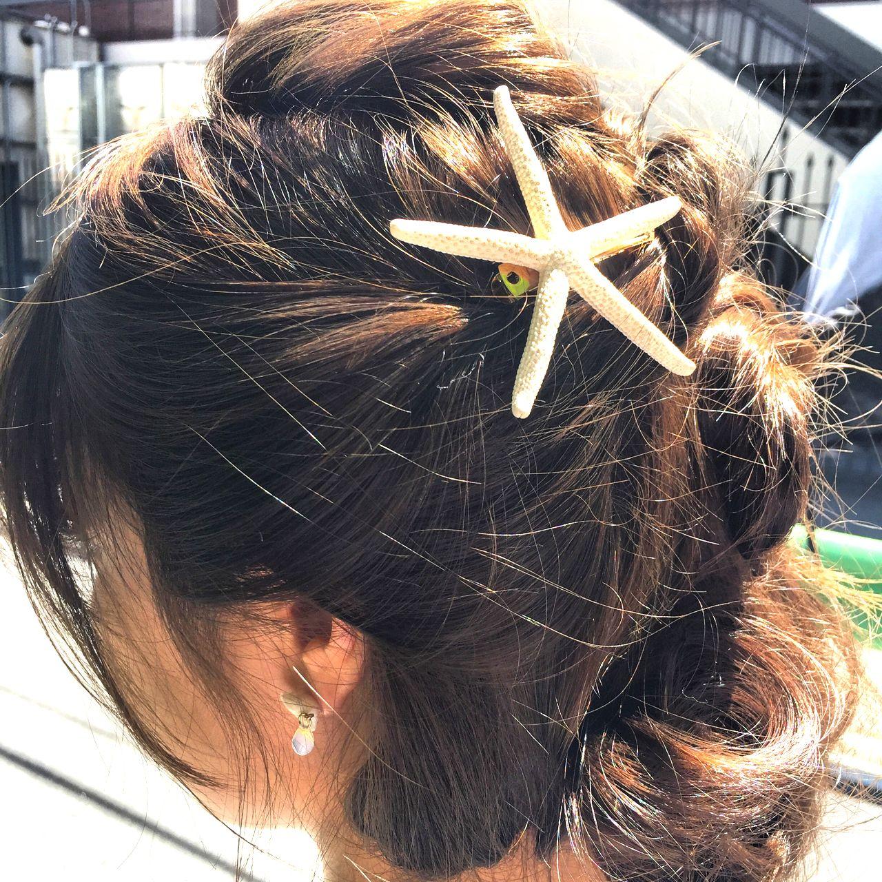 ショート くるりんぱ ねじり 無造作 ヘアスタイルや髪型の写真・画像 | 鈴木 健太郎 / ShuKRun