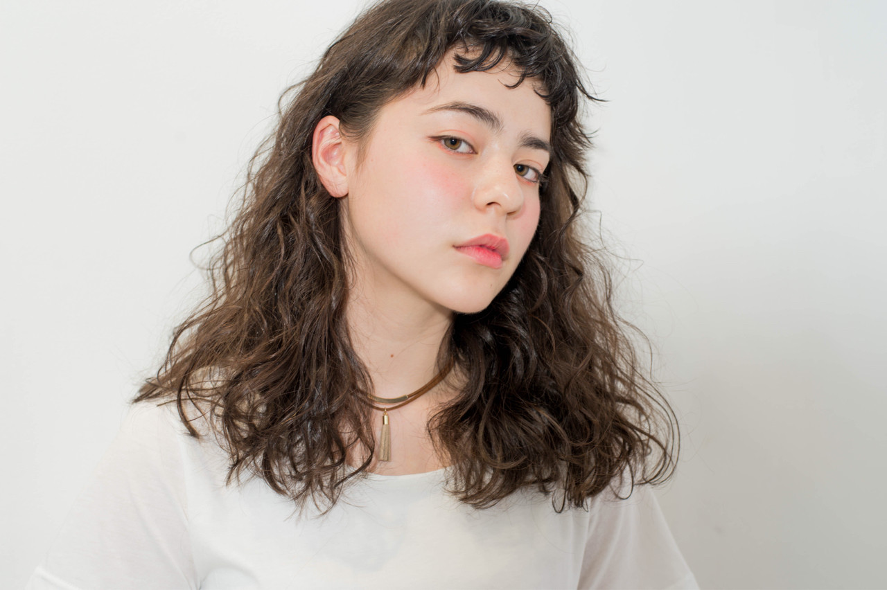 ストリート ワイドバング 前髪あり アッシュ ヘアスタイルや髪型の写真・画像   Bonheur / Bonheur西梅田店