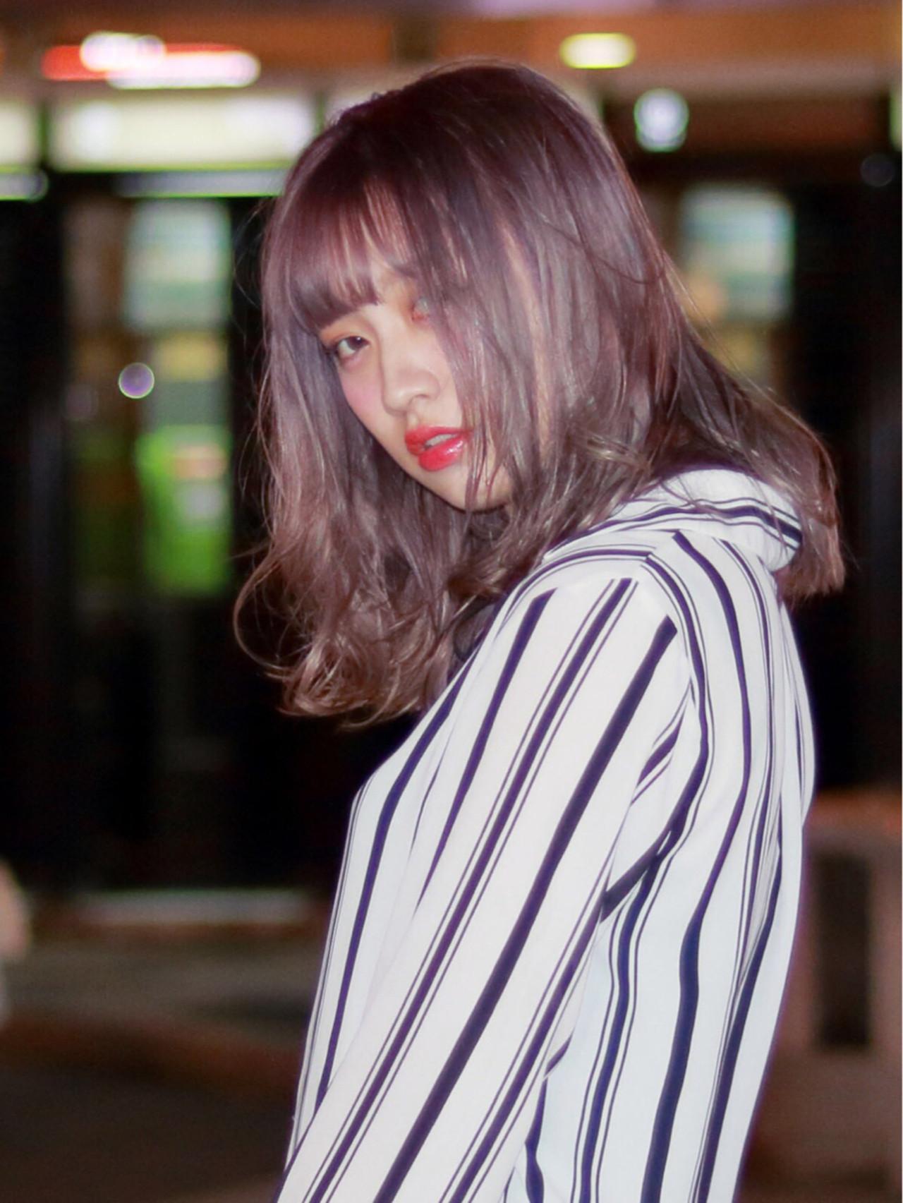 アッシュ グレー ミディアム ストリート ヘアスタイルや髪型の写真・画像 | フクダ ショウヘイ / AERBEN豊浜店