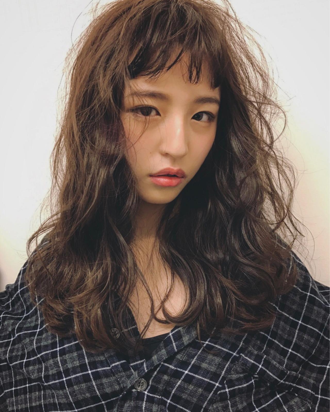外国人風 ニュアンス セミロング ナチュラル ヘアスタイルや髪型の写真・画像 | 【SHIMA】モチナガヤスヒロ / SHIMA daikanyama