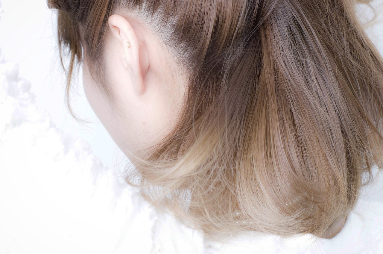 ストリート グレージュ インナーカラー ボブ ヘアスタイルや髪型の写真・画像   荒巻 充 / トライベッカ浦和店