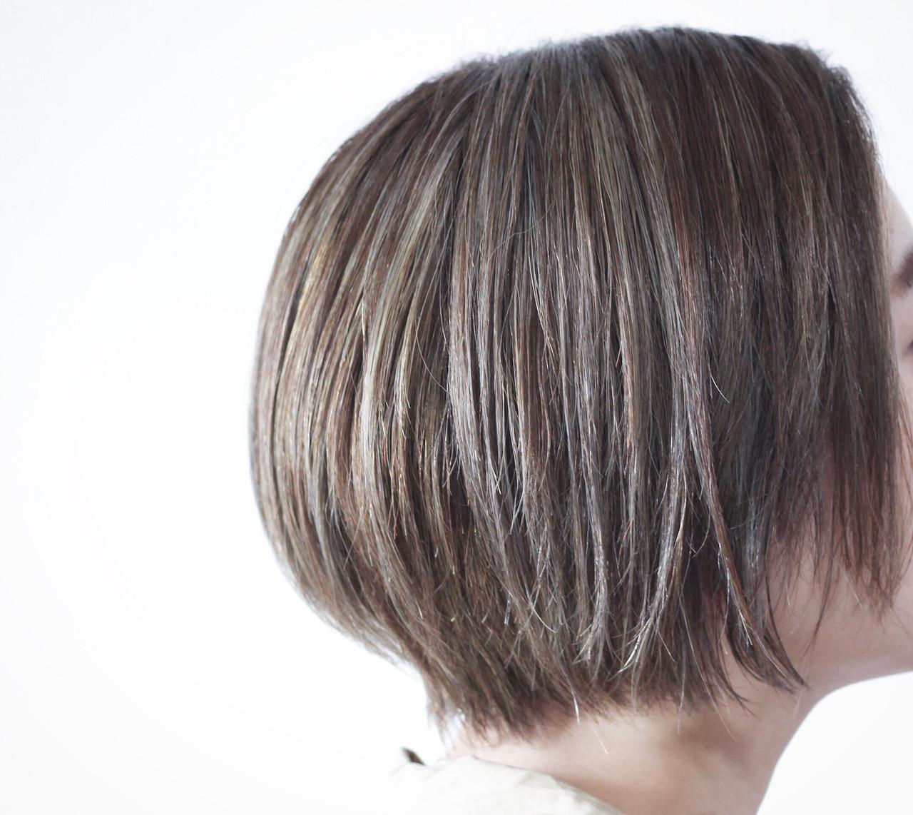 ショート グレージュ コントラストハイライト ナチュラル ヘアスタイルや髪型の写真・画像 | creap / creap