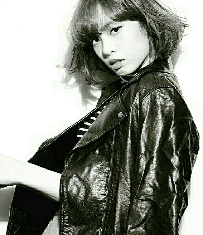 ボブ モード 前髪あり 外国人風 ヘアスタイルや髪型の写真・画像 | 浅井俊助 / gokan omotesando