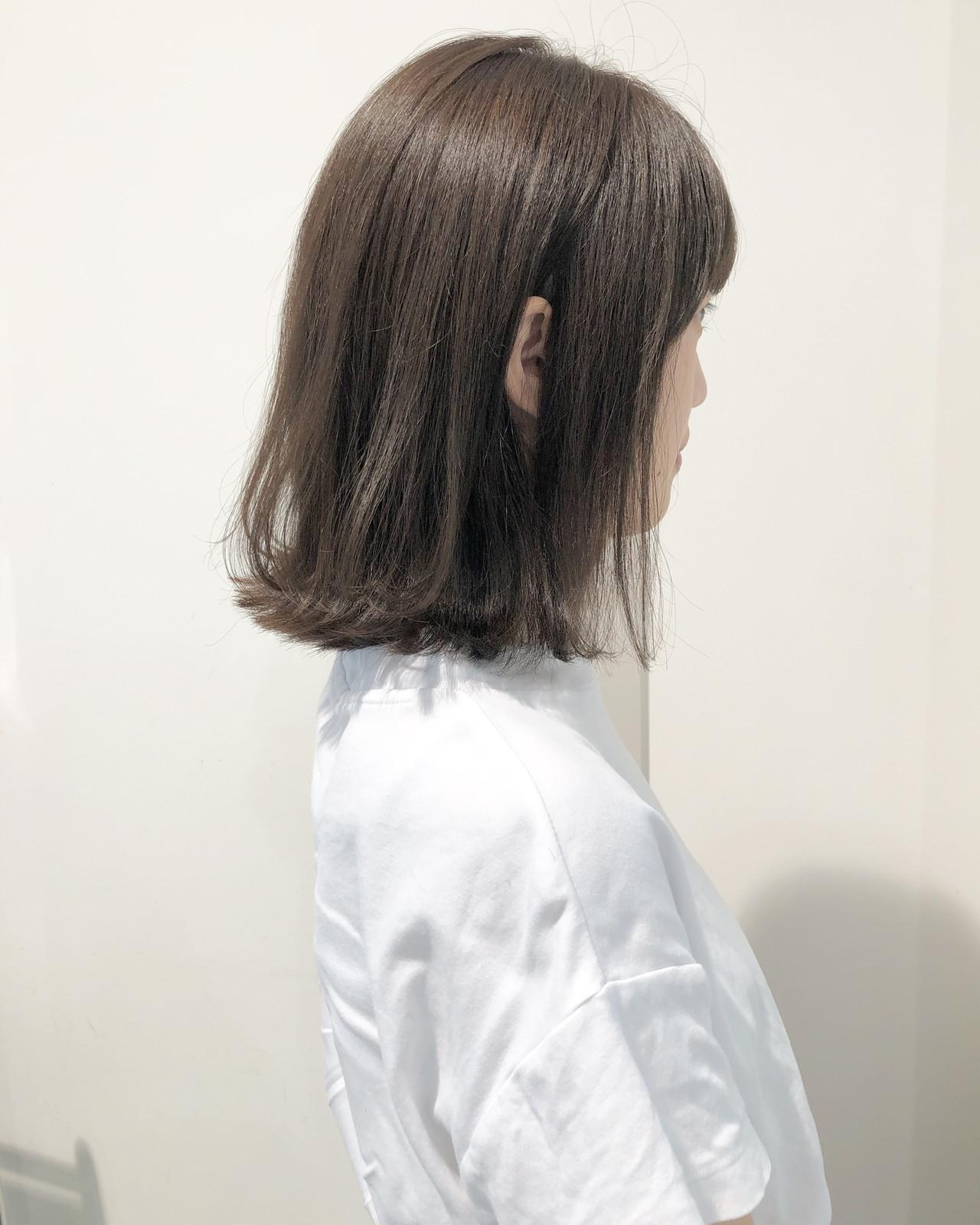 ヘアアレンジ ナチュラル グレージュ 外ハネ ヘアスタイルや髪型の写真・画像 | 市岡 久 / BLANCOtres