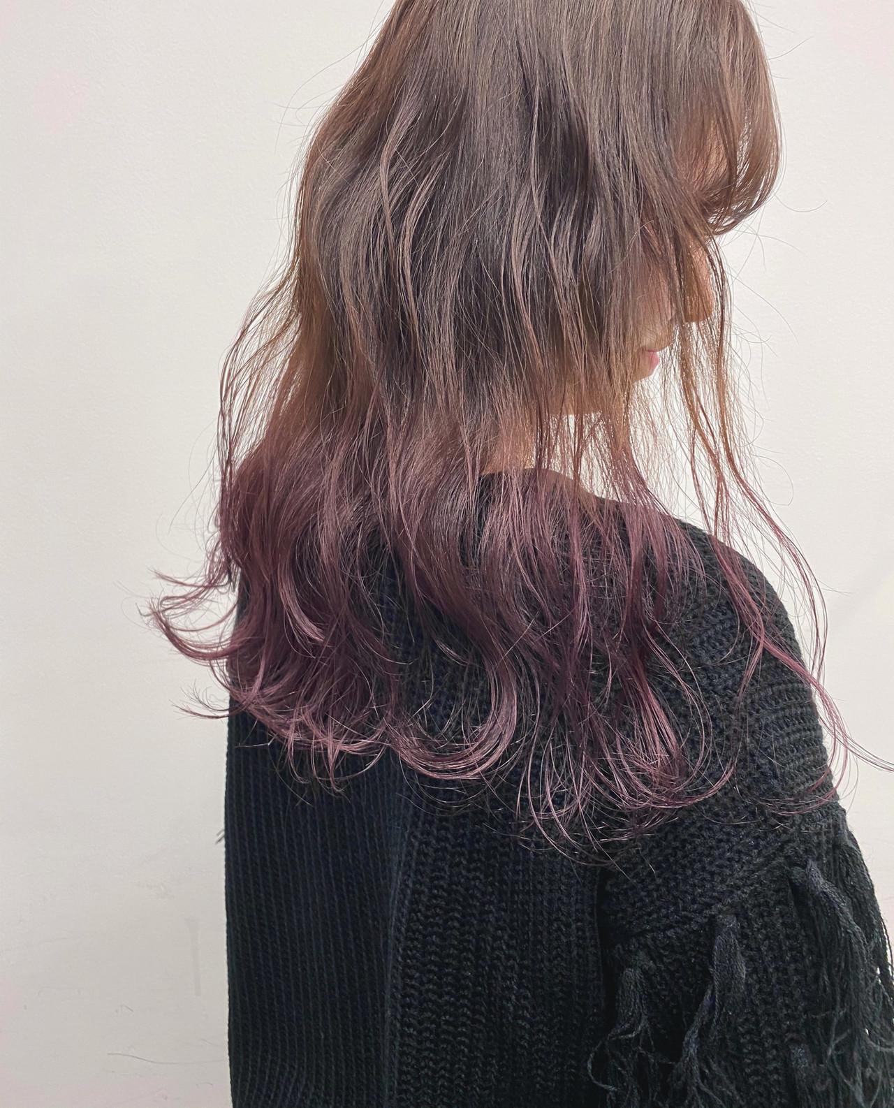 ロング グラデーションカラー フェミニン ラベンダーアッシュ ヘアスタイルや髪型の写真・画像
