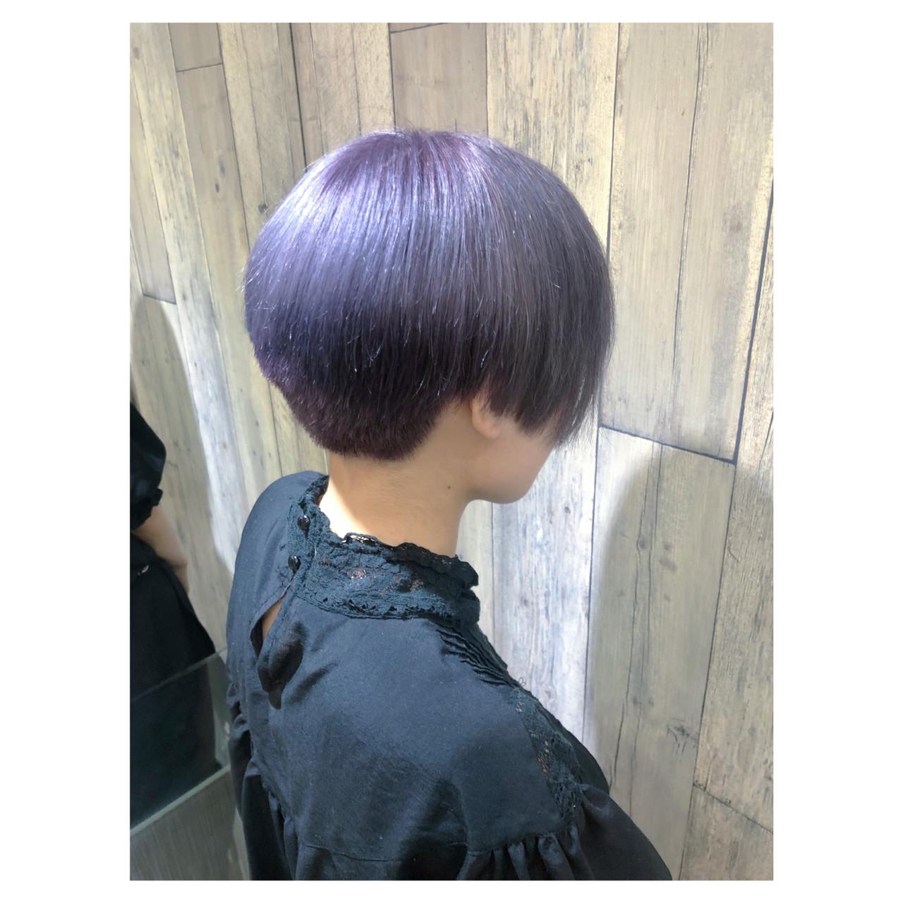 アンニュイほつれヘア グレージュ ラベンダーアッシュ ショート ヘアスタイルや髪型の写真・画像 | クラ / TOMCAT