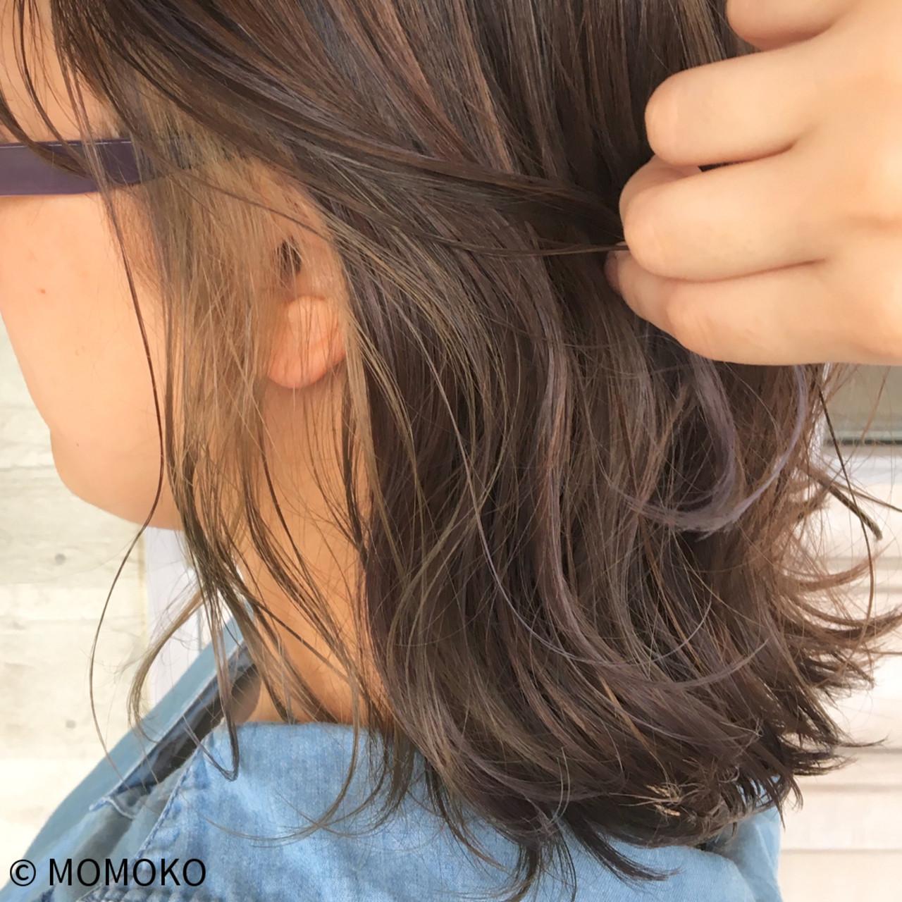ナチュラル グレージュ ヘアアレンジ インナーカラーヘアスタイルや髪型の写真・画像