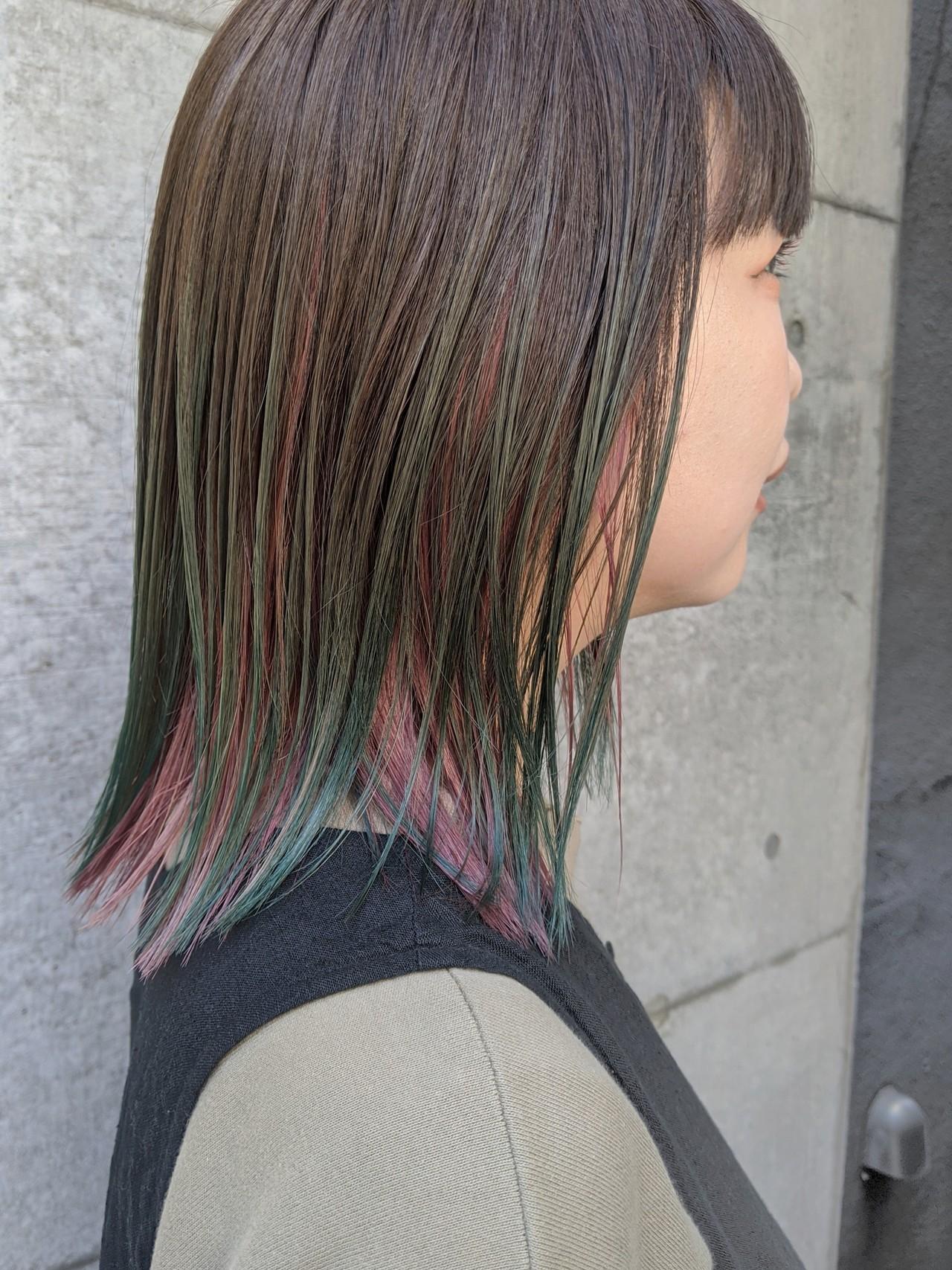 ミディアム 切りっぱなし ナチュラル グラデーションカラーヘアスタイルや髪型の写真・画像