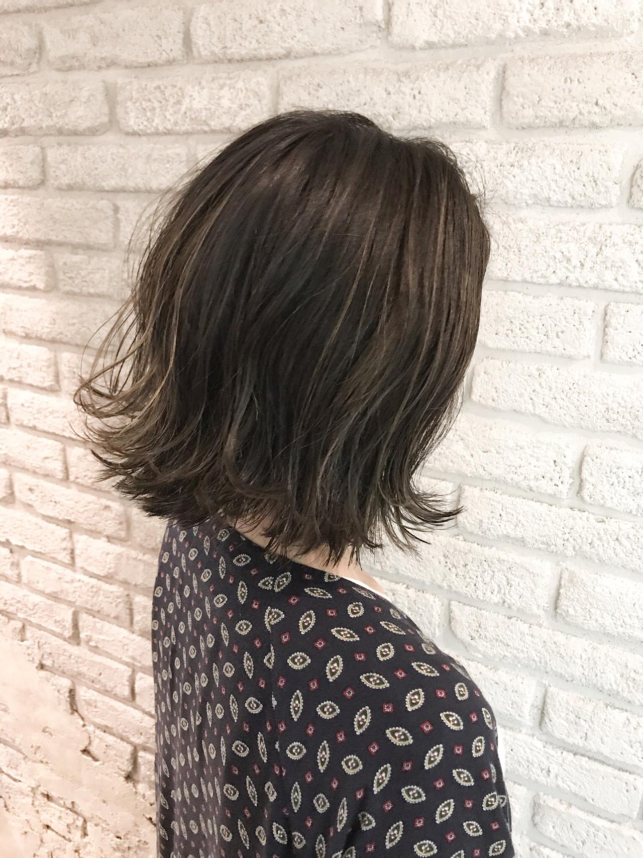 ナチュラル 外ハネ 切りっぱなし ボブ ヘアスタイルや髪型の写真・画像   岡田 至弘 MASHU / MASHU