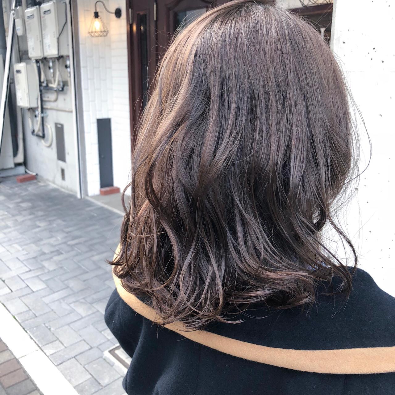 ナチュラル グレージュ 外国人風カラー デート ヘアスタイルや髪型の写真・画像 | 山口滉斗 / Aust hair Rilly