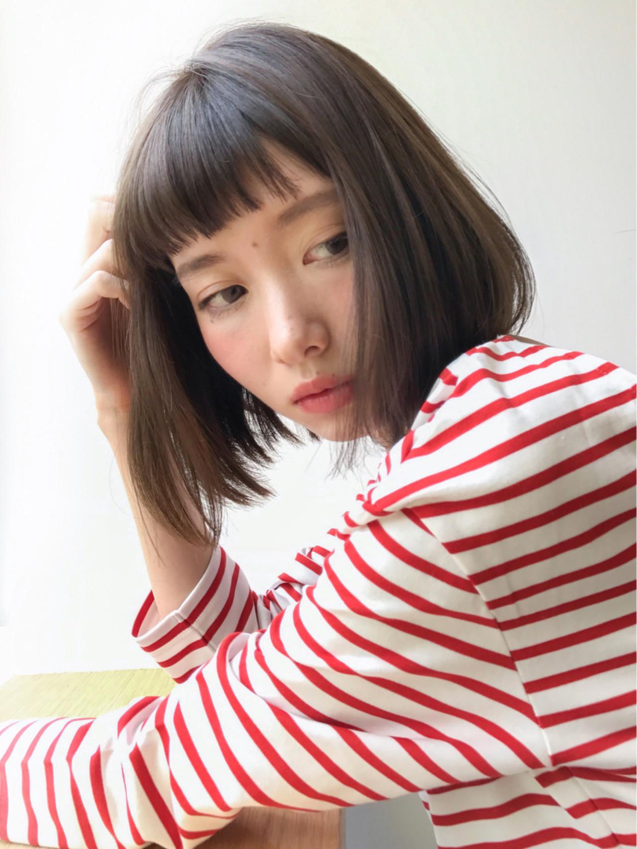 前髪あり デート フリンジバング ミルクティー ヘアスタイルや髪型の写真・画像 | lora.garden 細田真吾 / lora.garden