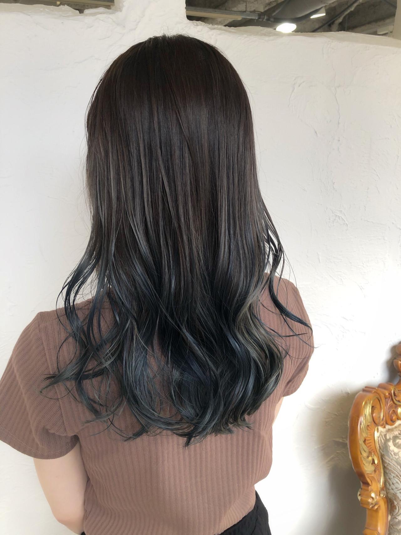 透明感カラー セミロング コテ巻き フェミニン ヘアスタイルや髪型の写真・画像 | 入口 真飛 / RITA&Co .リタ大宮