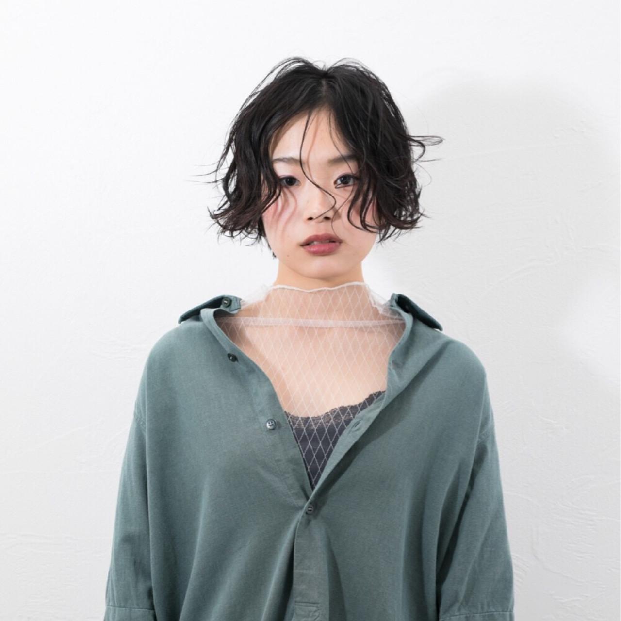 似合わせ ジェンダーレス 小顔 モード ヘアスタイルや髪型の写真・画像 | Emiko Nakanishi / MAULOA