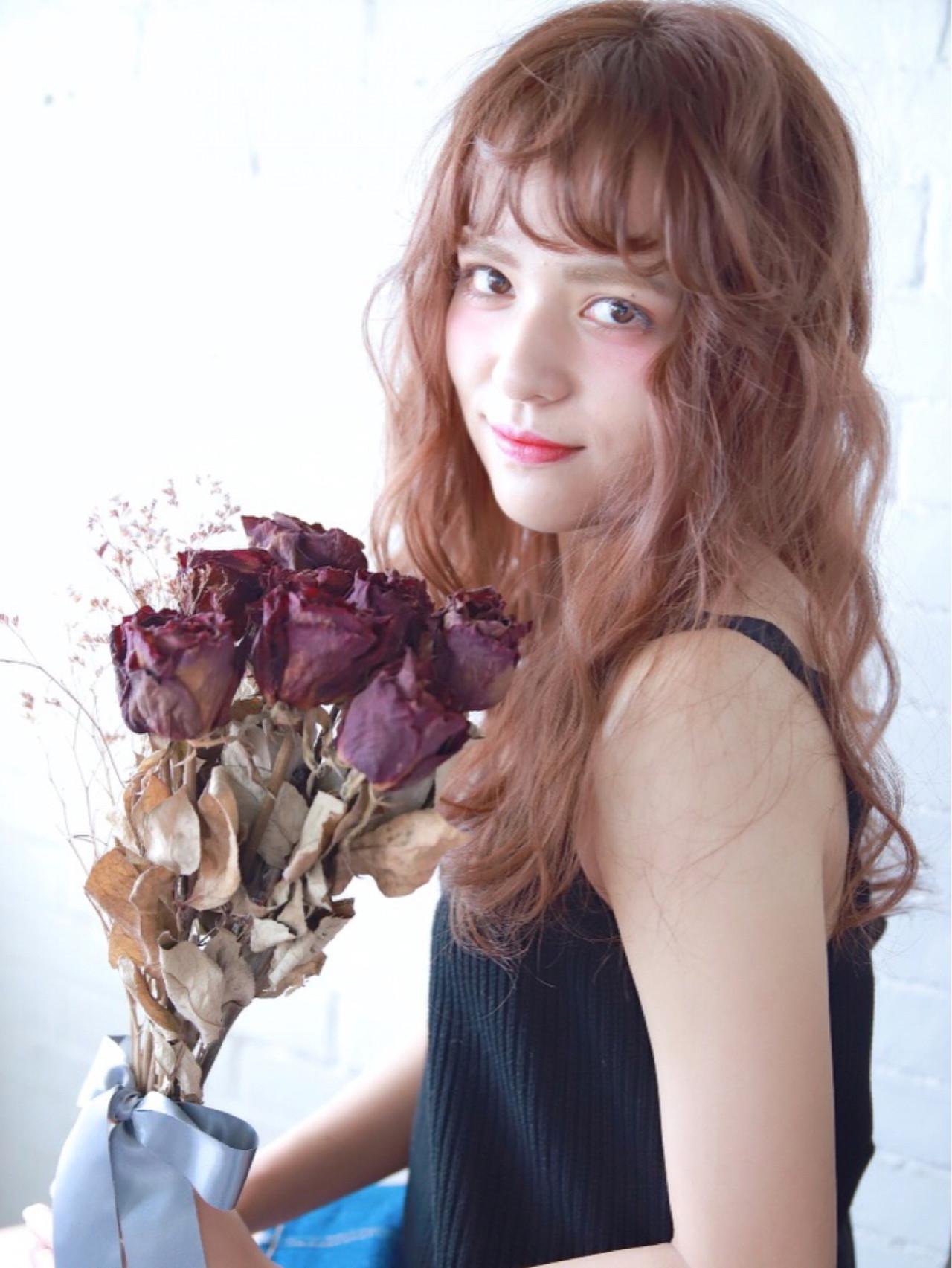 抜け感 ヘアアレンジ かわいい フェミニン ヘアスタイルや髪型の写真・画像 | kinoshita aiko / invitation