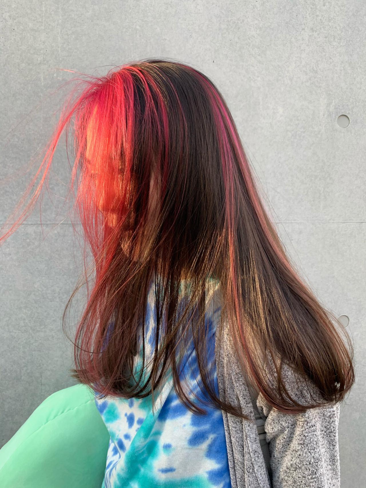 ピンク インナーカラー セミロング ハイライト ヘアスタイルや髪型の写真・画像 | 相場堅弥 / edge.