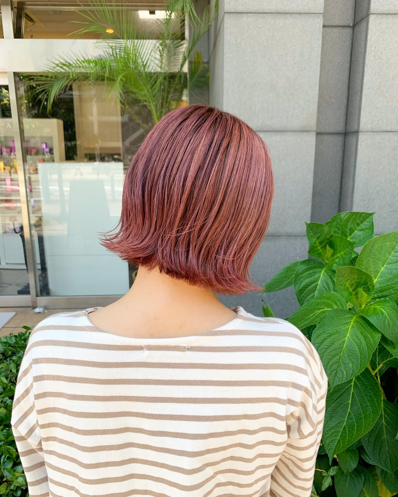ピンクアッシュ ピンクベージュ ピンクラベンダー ストリートヘアスタイルや髪型の写真・画像