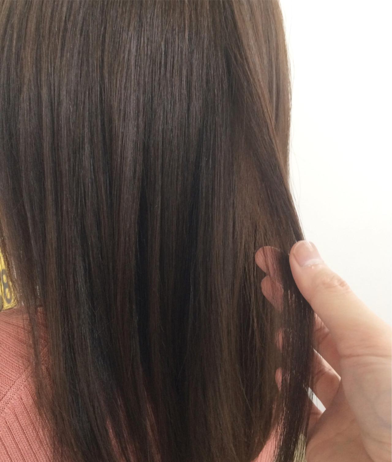 大人かわいい ナチュラル アッシュ セミロング ヘアスタイルや髪型の写真・画像 | Takahiro Mizoguchi / Nine
